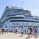 La Primera Dama de la República y el ministro David Collado encabezan llegada de primer crucero turístico desde suspensión de operaciones por pandemia