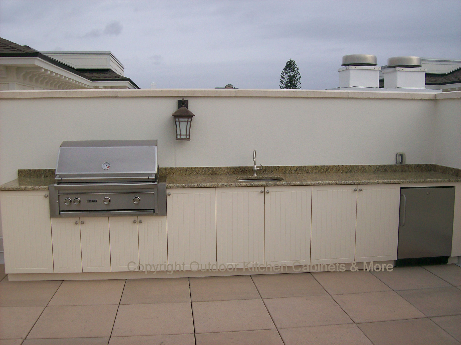 outdoor kitchen cabinets outdoor kitchen cabinets Roof Top Outdoor Kitchen Totally Exposed