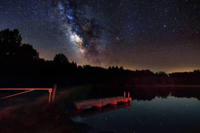 Wallpapers da Via Láctea. Assista fundos HD belo cenário para um telefone móvel. Verão.