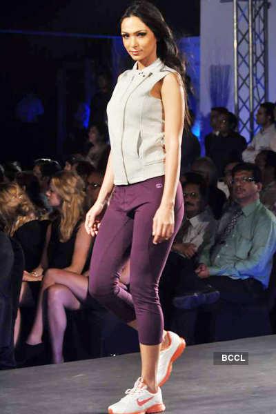 Model Shamita Singha walks the ramp during 'Future ...
