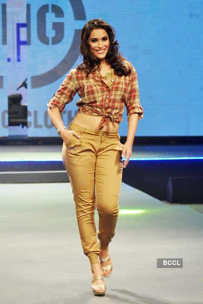Actress Rashmi Nigam walks the ramp during 'Future ...