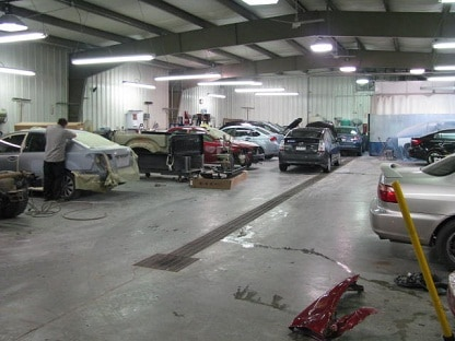 Auto Body Shop   Collision Repair in Clarksburg  WV   Country Club     BodyShop3Med jpg