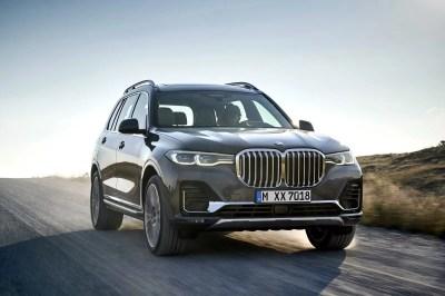 2019 BMW X7   Top Speed