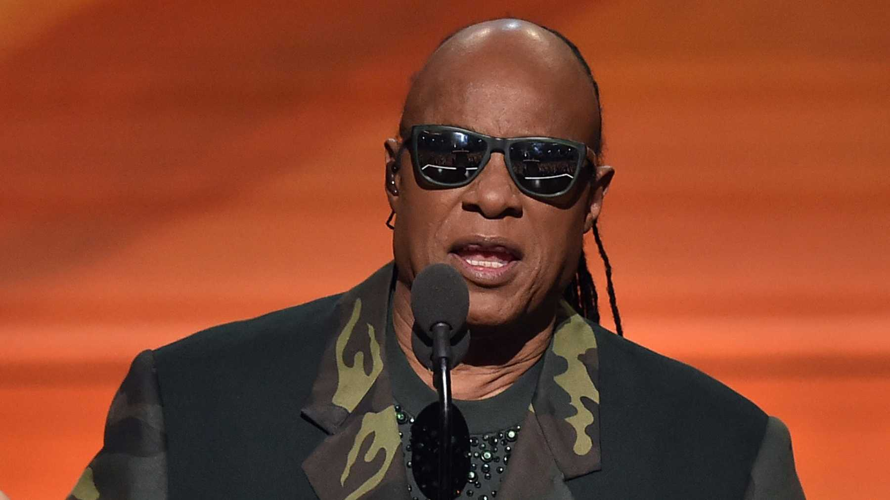 Stevie Wonder And TMZ Talk About His Eyesight   Music   PopWrapped Stevie Wonder And TMZ Talk About His Eyesight   Stevie Wonder
