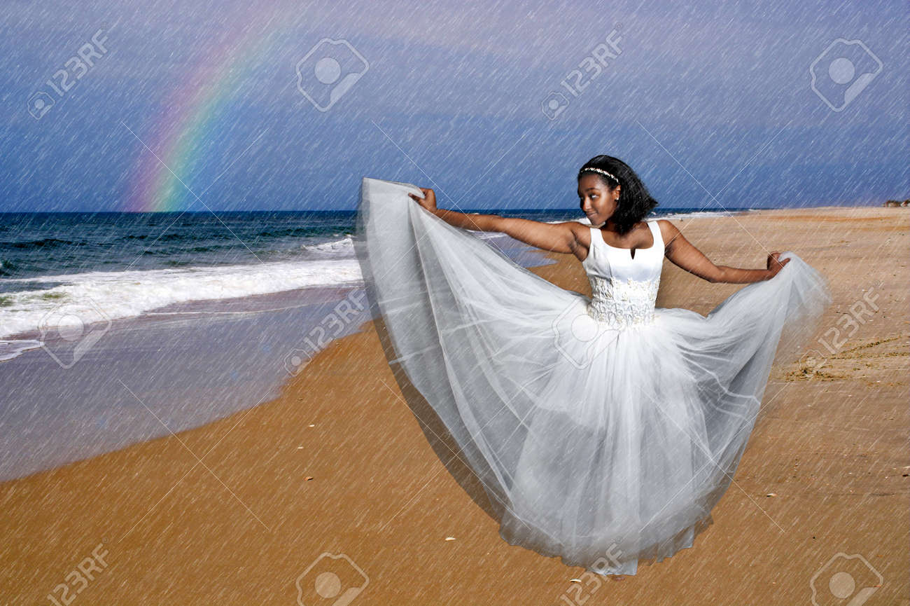 african american brides african american wedding dresses Check out these 10 NEW African American Wedding Cake Toppers romantic