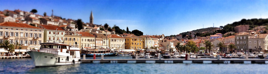 Kroatië: de haven van Malin Losinj