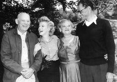 Marilyn e Arthur Miller - 1956 a by trixxye on Pinterest | Marilyn Monroe, Nova and Ems