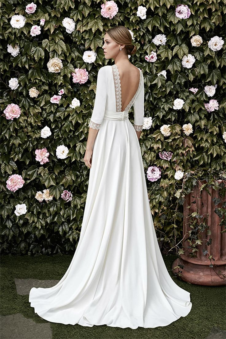 garden weddings garden wedding dress 25 Best Ideas about Garden Weddings on Pinterest Garden wedding decorations Outdoor weddings and Lantern wedding decorations