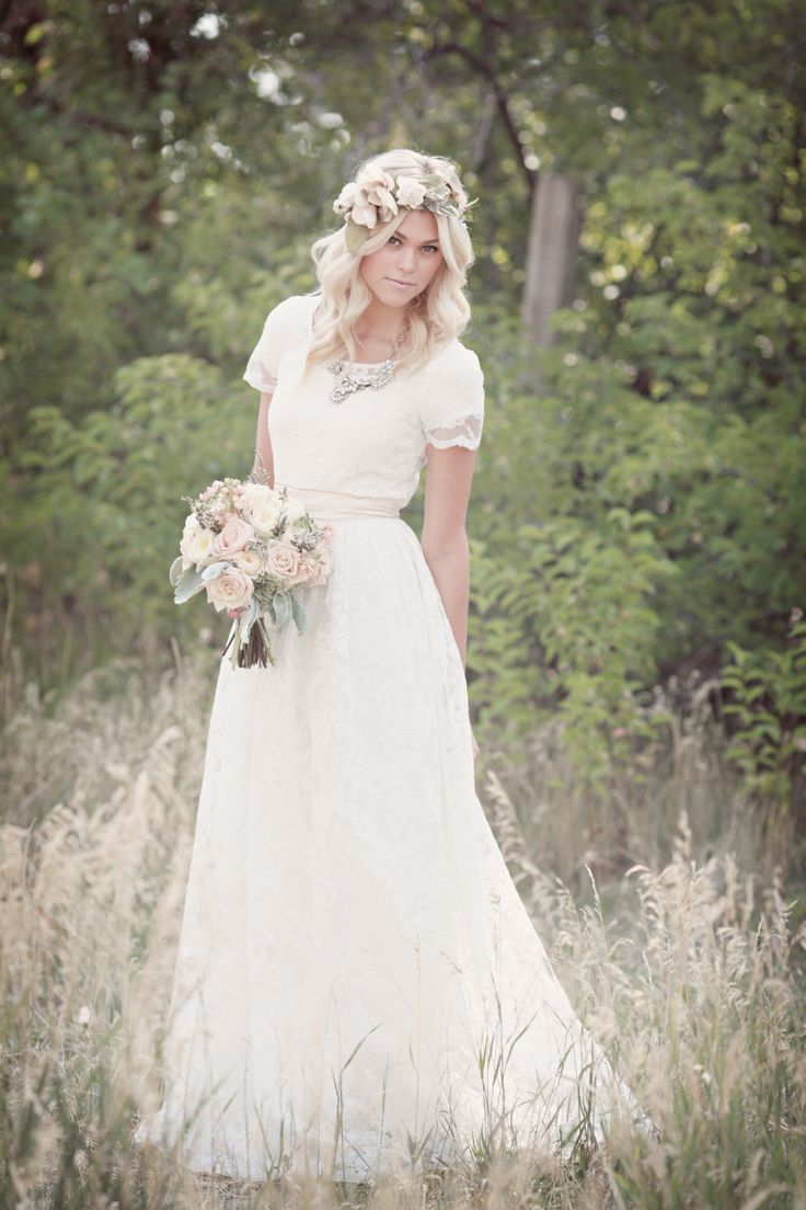 lds wedding dresses short sleeve wedding dresses I still don t like flower crowns but I love this flowy short sleeve modest wedding gown
