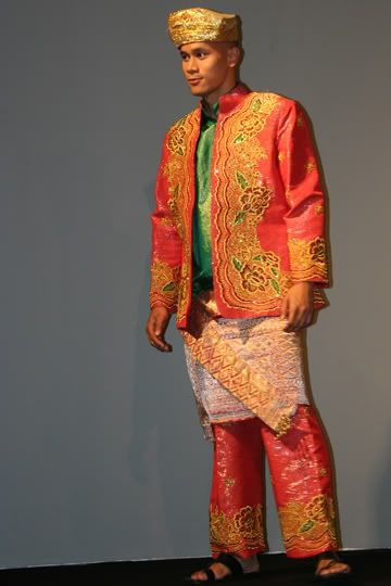 Asia Finest Discussion Forum > Asian National Costumes ...