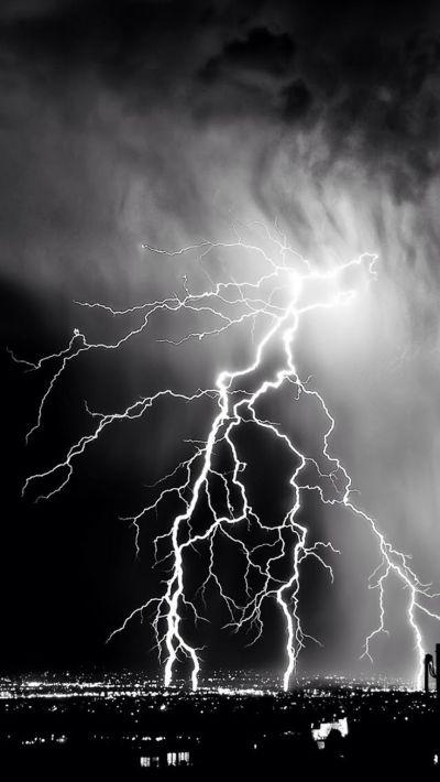Storm Lightening Over City #iPhone #7 #wallpaper | iPhone 7 wallpapers | Pinterest | Wallpaper ...