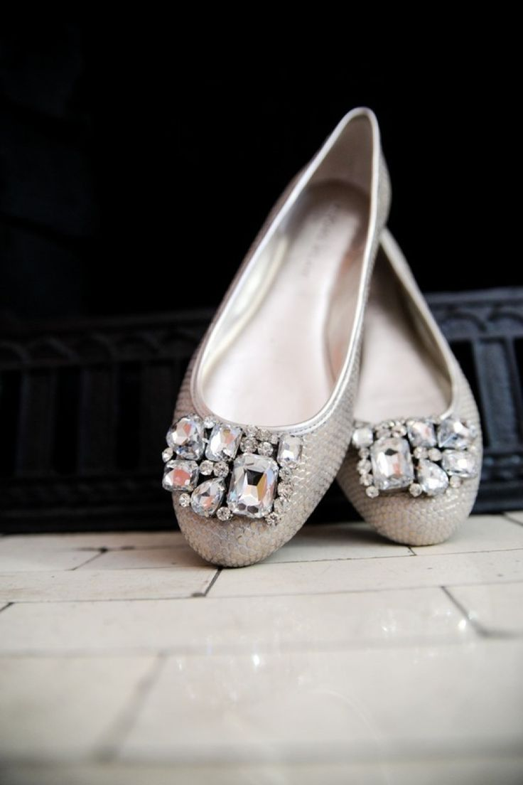 fabulous wedding shoes silver shoes for wedding Vera Wang Fancy Silver Flats Fabulous Wedding Shoes