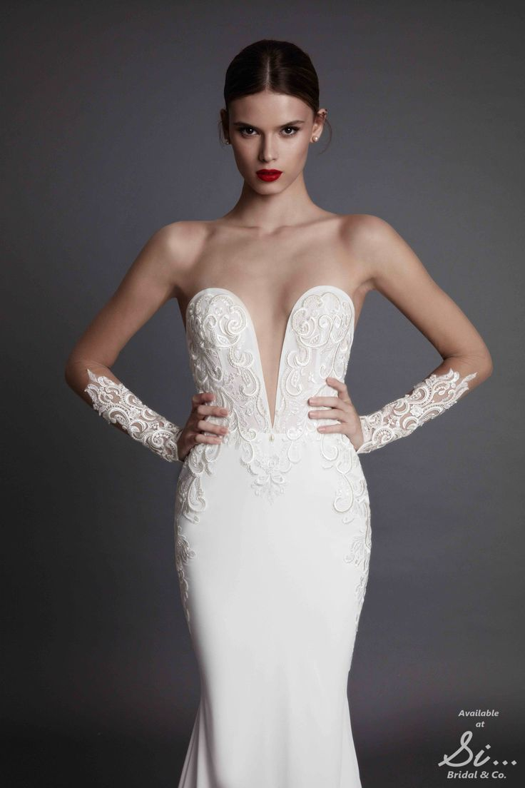 muse by berta name brand wedding dresses Alecia Muse by BERTA Brand new luxury diffusion line by the biggest name in Wedding GalleryWedding Dress