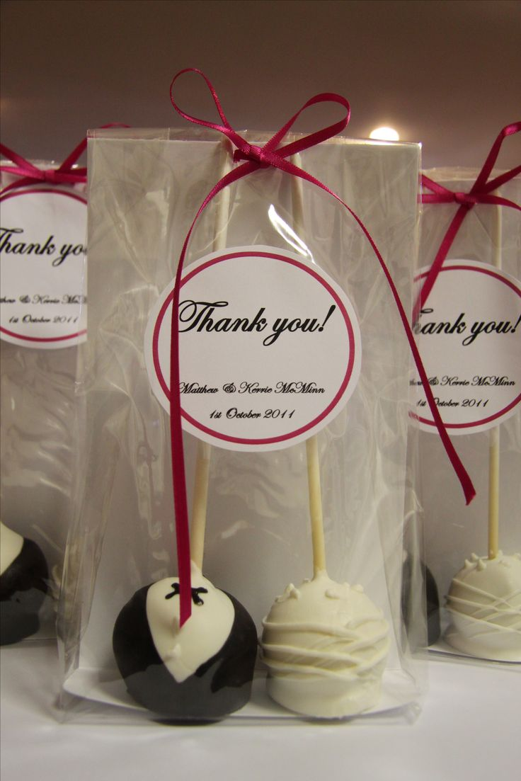 wedding favors fall wedding favors Wedding Favour cake pops Love it Right down my street lol