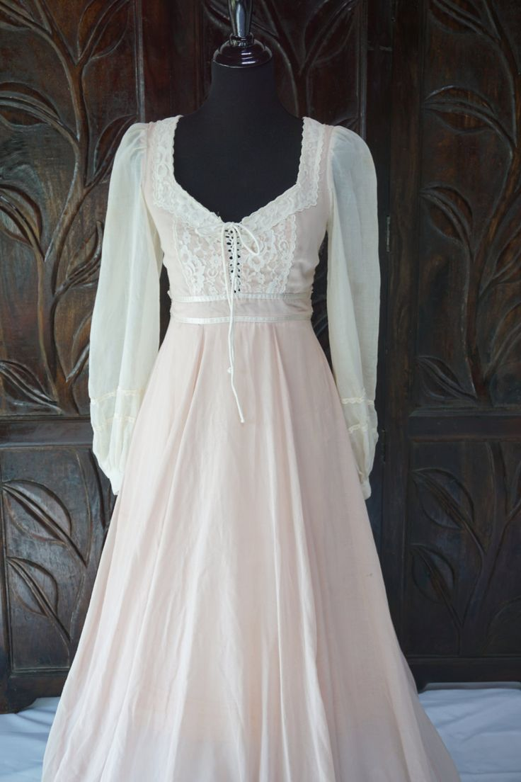 jessica mcclintock jessica mcclintock wedding dresses Reserved for Miss Bunny Vintage Ivory Pink Gunne Sax Jessica McClintock Dress Size 9
