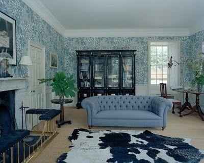Stella Tennant living room with blue wallpaper | Living Rooms | Pinterest | Models, Blue ...