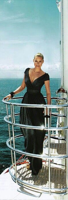 25+ best ideas about Yacht Fashion on Pinterest | Women's ...