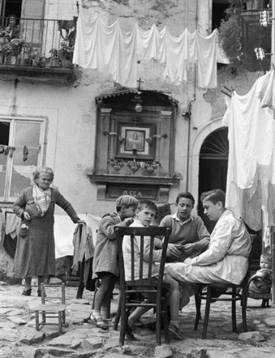 Italy. Napoli 1950 | 1950's lifestyle & real life II (only ...