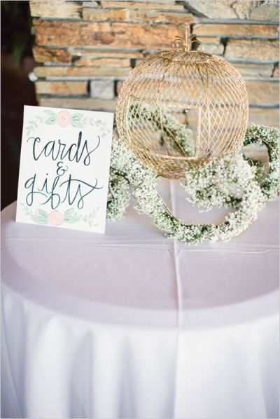 25+ best ideas about Wedding gift tables on Pinterest ...