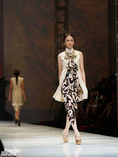 17 Best ideas about Batik Fashion on Pinterest | Batik ...