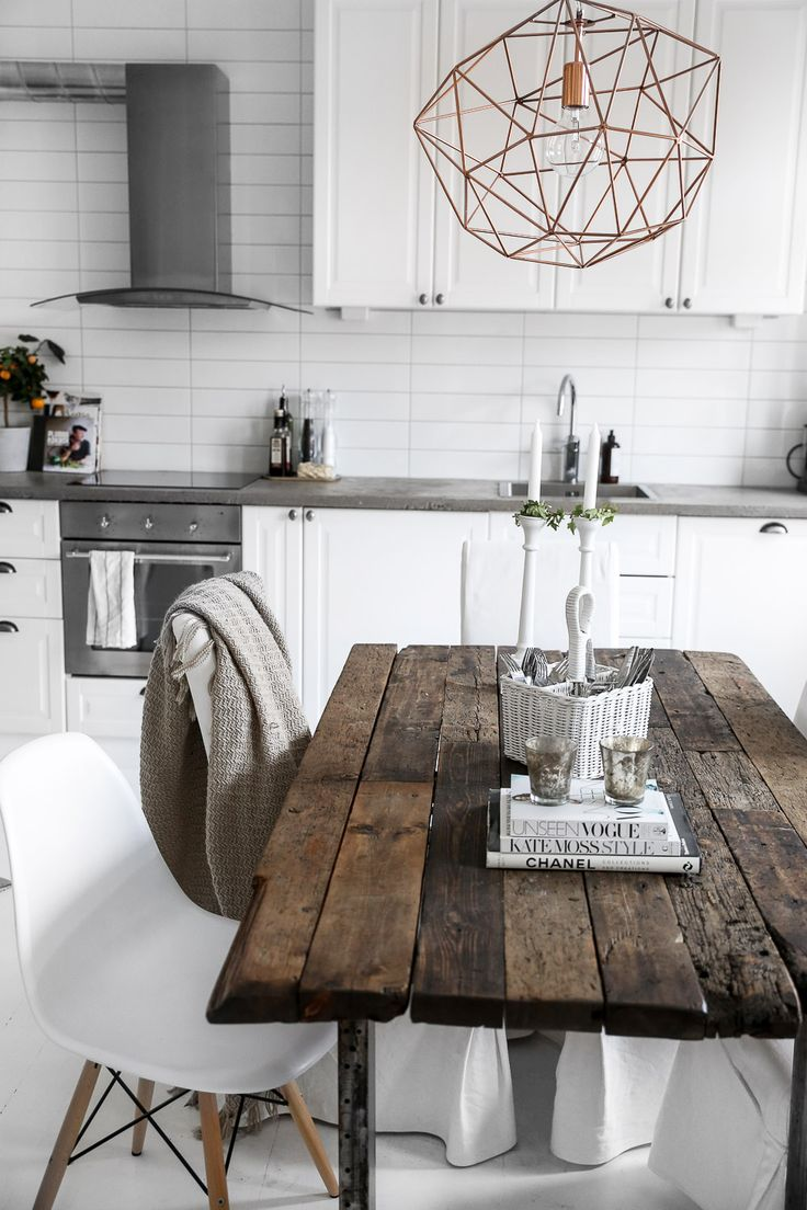 table and chairs rustic kitchen tables Trouvailles Pinterest D co scandinave Les id es de ma maison Photo
