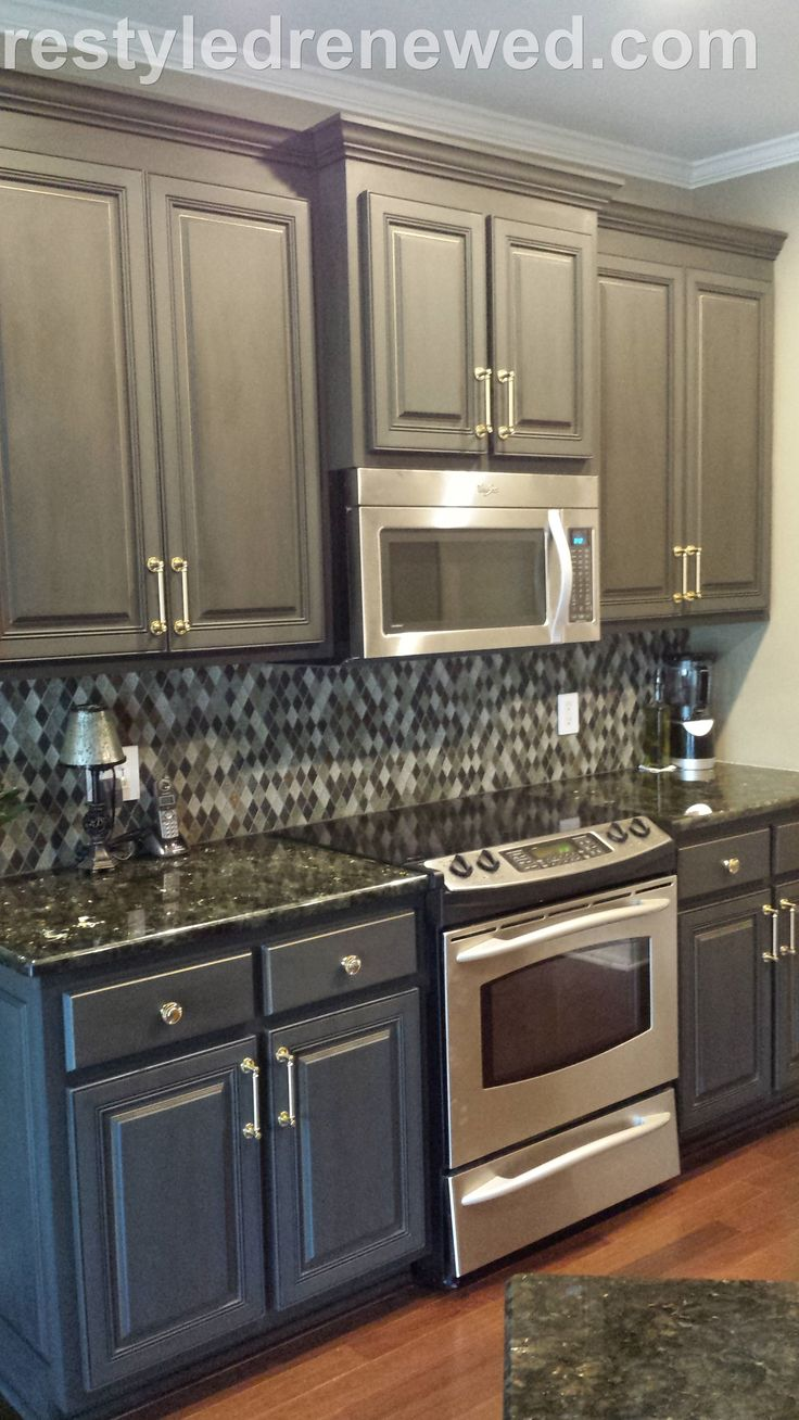 cabinets in chalk paint decorative paint by annie chalk paint kitchen cabinets Cabinets Annie Sloan Chalk Paint in graphite Dark wax I added a gold edging We installed this new brass hardware