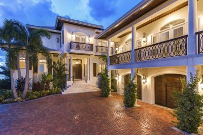 British west indies style home | Home DESIGN Inspiration | Pinterest | Style, Indie style and ...