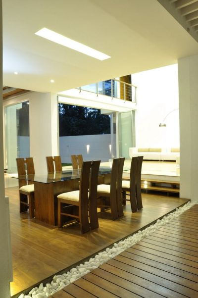 Contemporary Family Home in Sri Lanka Paying Tribute to ...