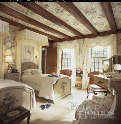 1000+ ideas about Romantic Country Bedrooms on Pinterest | Country bedroom decorations, Simple ...