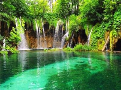 waterfalls pictures for screensavers | ... waterfall-screensaver-mobile-live-waterfall-hd ...