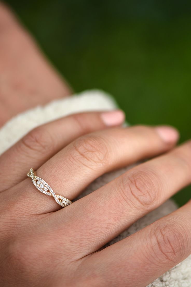 infinity band infinity wedding band Elegant and stunning wedding band style ShaneCo ShaneCoSparkle