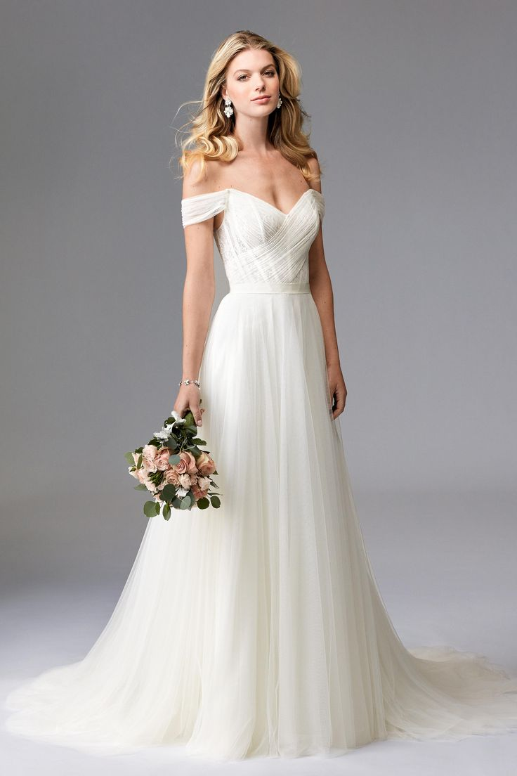 romantic wedding dresses best dresses for wedding Romantic Wedding gown BridalPulse Wedding Dress Gallery Wtoo Brides Fall Floor