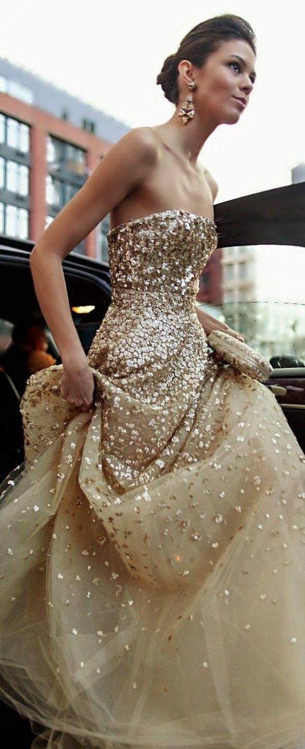 gold wedding dress Spotlight Sparkly Wedding Dresses Part 2 Spotlight Oscar de la Renta and Belle