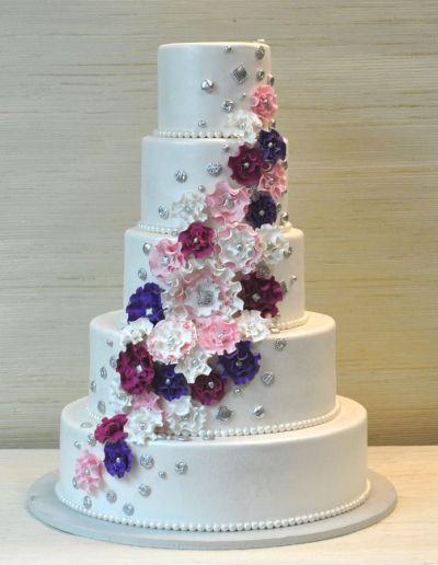 Extraordinary 5 Tier wedding cake with Fantasy ruffled gum ...
