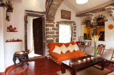 Surupa Sen's earthy rustic home in Nrityagram near ...