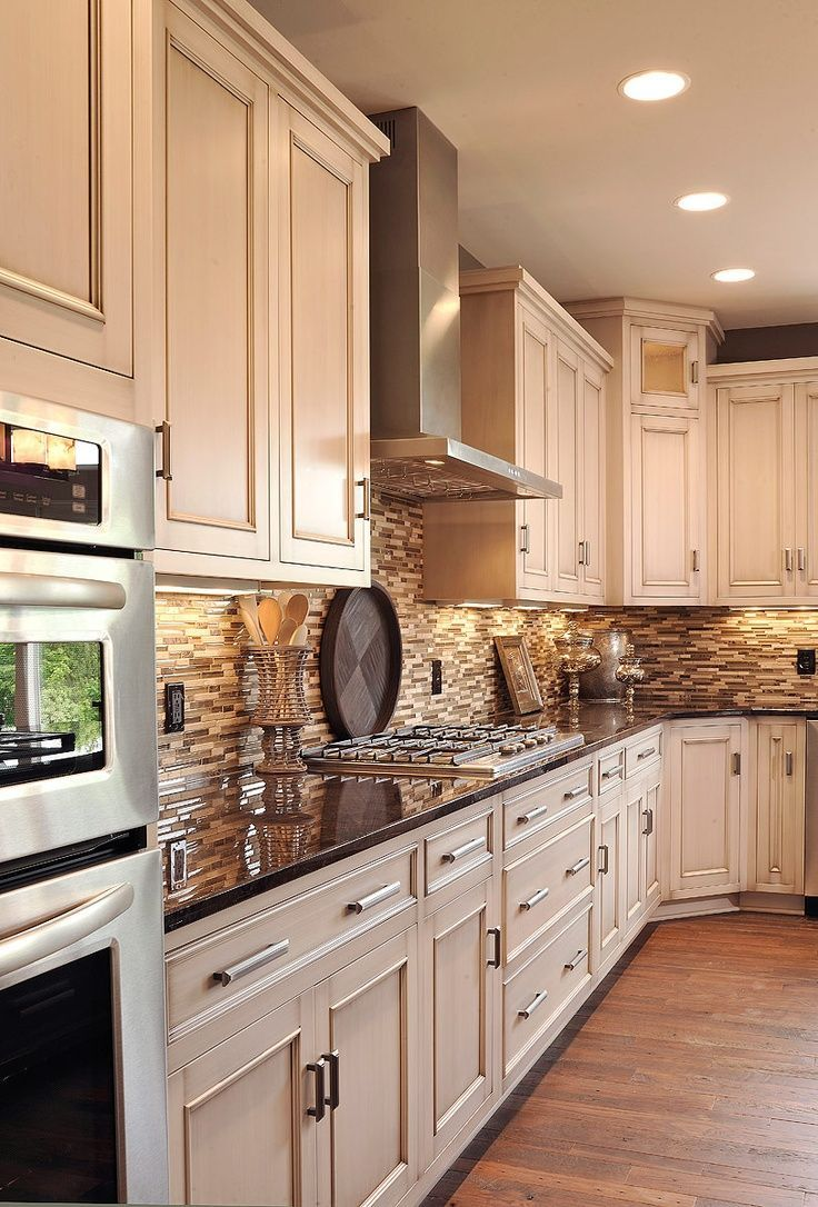 antique kitchen cabinets kitchen designs pictures 25 best ideas about Antique Kitchen Cabinets on Pinterest Antiqued kitchen cabinets Antique cabinets and Glazing cabinets