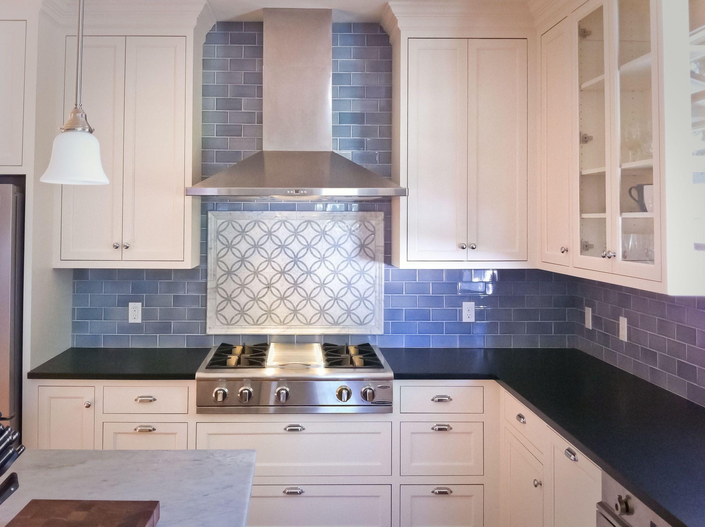 kitchen backsplash subway tile kitchen Wonderful Subway Tile Backsplash Kitchen Pictures With White Lacquered Wood Kitchen Cabinet Also Blue Tile Pattern Kitchen Backsplash And Black