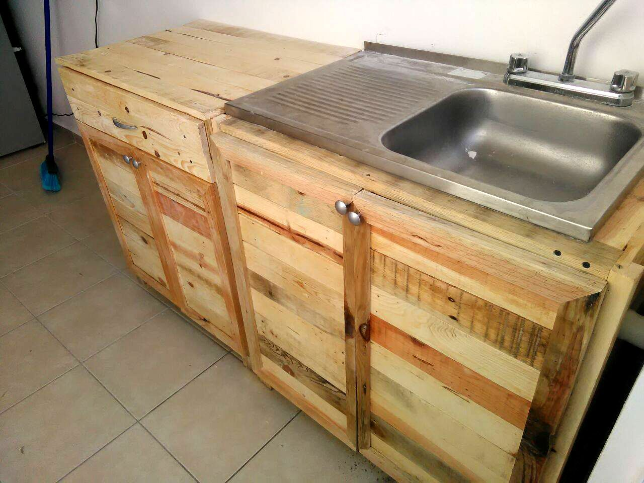 pallet kitchen cabinets kitchen sink cabinets Kitchen wholly made from Recycled Pallets