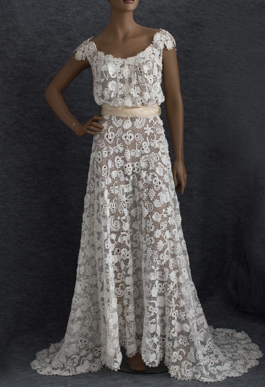 irish wedding dress Irish crochet lace wedding gown c An antique wedding dress offers one