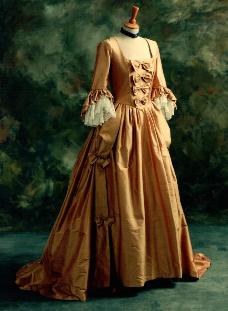 wedding dress Throw Back Thursday A Return to Colorful Wedding Gowns