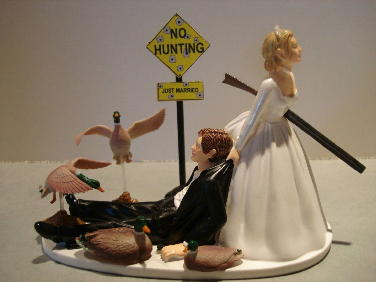 wedding cake toppers funny Funny Wedding Cake Toppers Having the Gift of Laughter