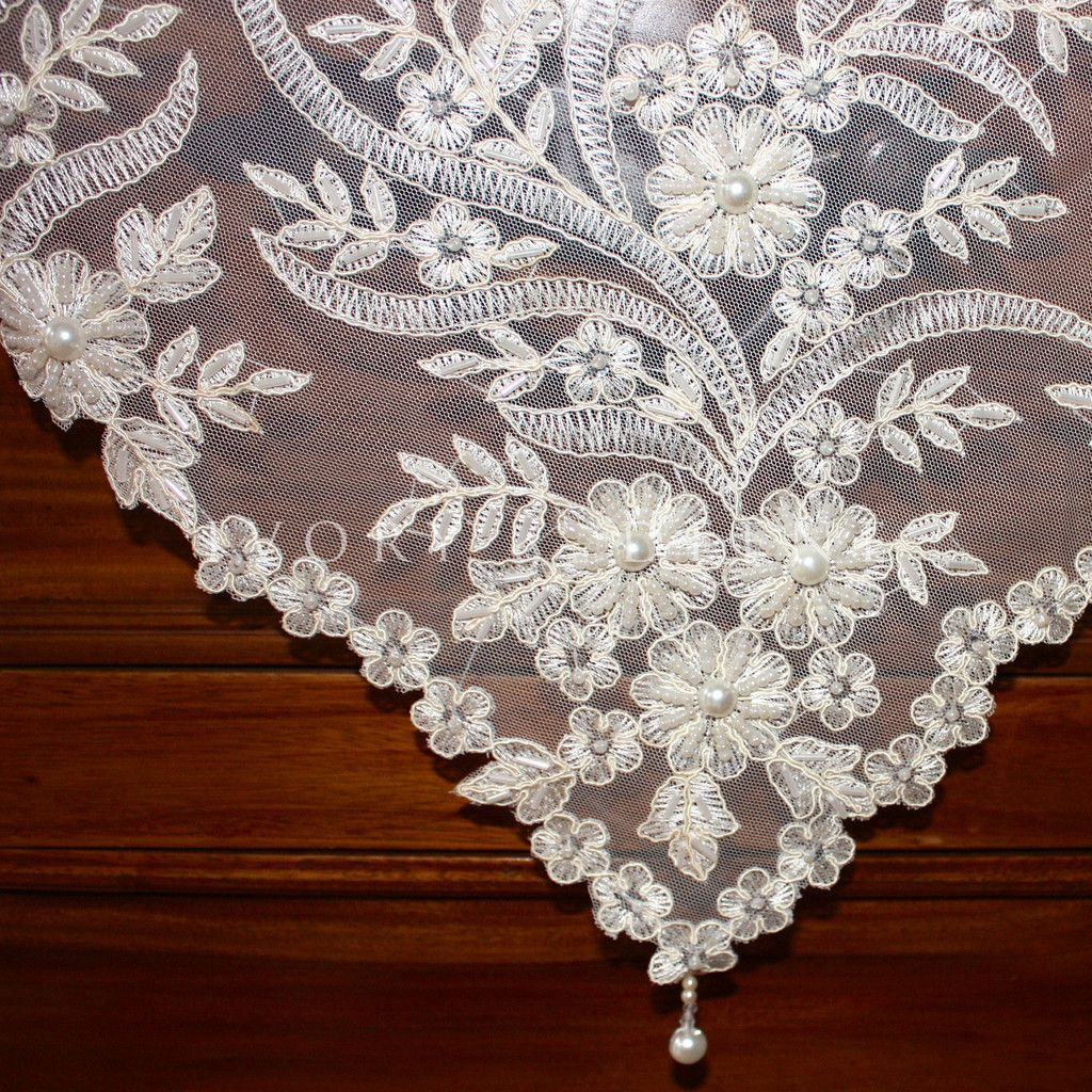 tablecloths for wedding Handmade Square Pearls and Lace Tablecloth Sequins Beads Vintage Ivory Wedding