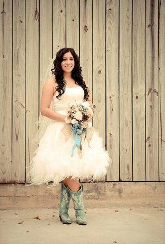 20 Short Wedding Dresses & Gowns | Short pixie, Cowboy ...