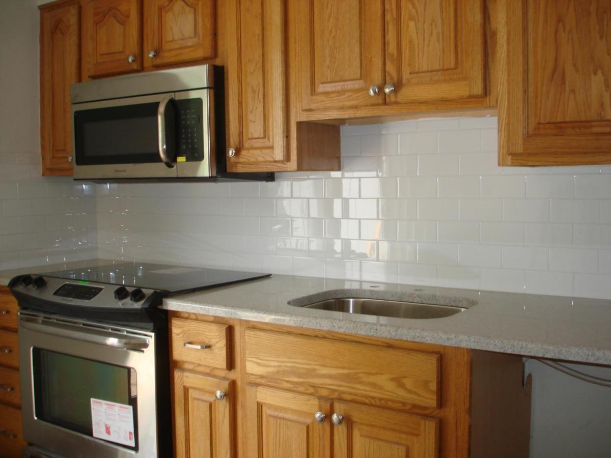 kitchen backsplash subway tile subway tile kitchen backsplash Clean and simple kitchen backsplash white subway tile and
