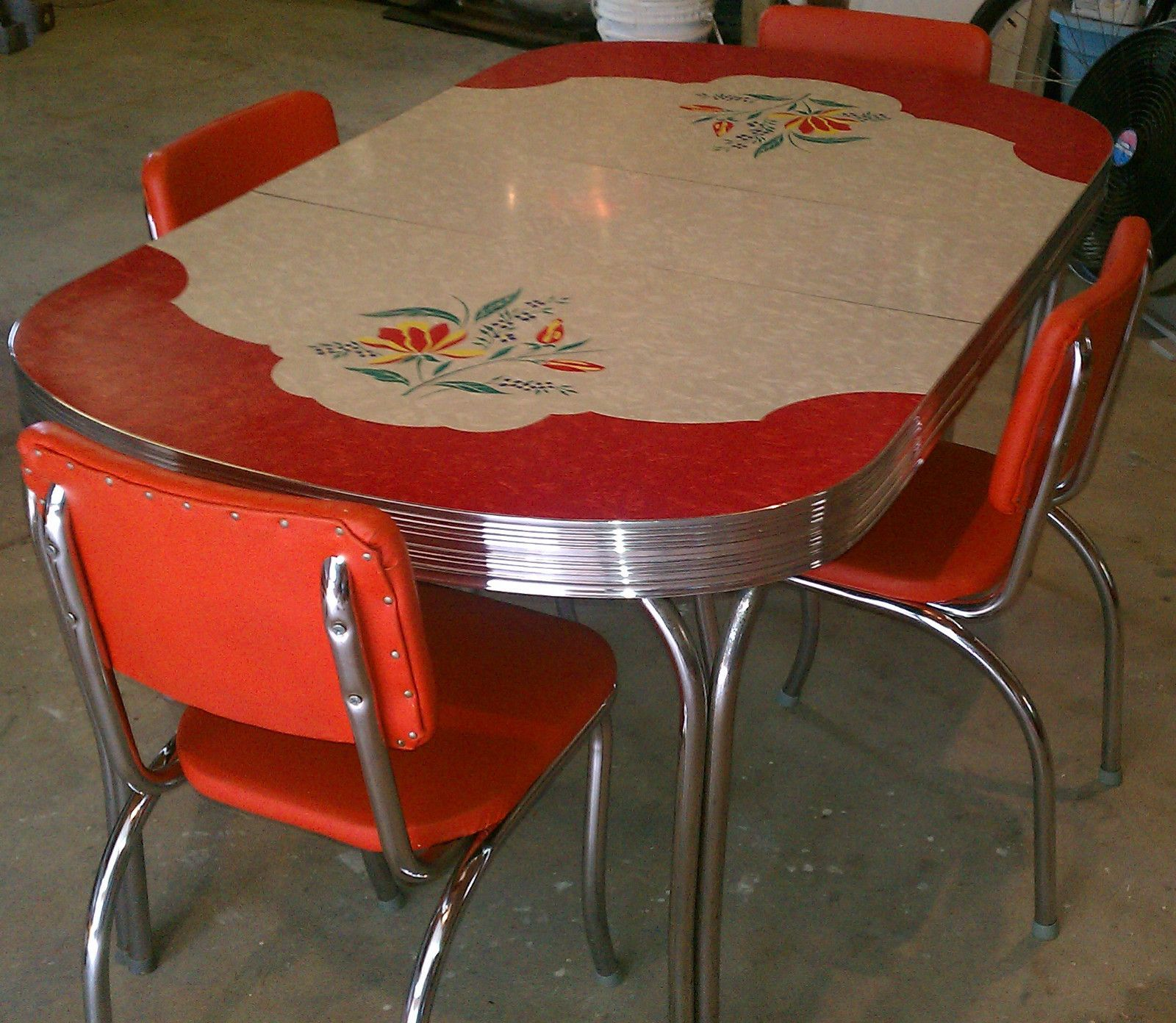 vintage kitchen tables Love this table Vintage Kitchen Formica Table 4 Chairs Chrome Orange Red White Gray