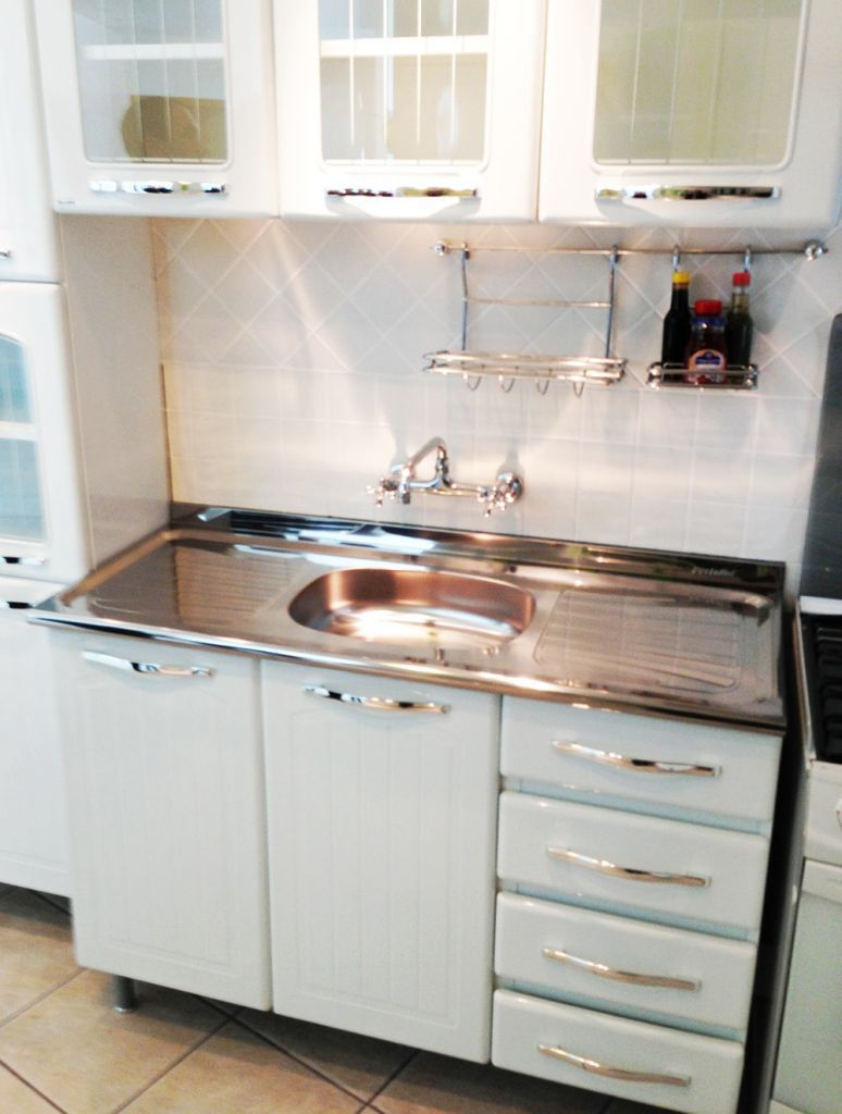 metal kitchen cabinets Article about a source for new steel kitchen cabinets