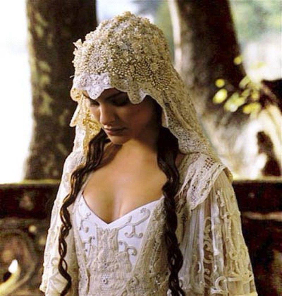 rustic style wedding dresses Medieval and Renaissance Wedding Dresses Vintage Inspired Weddings