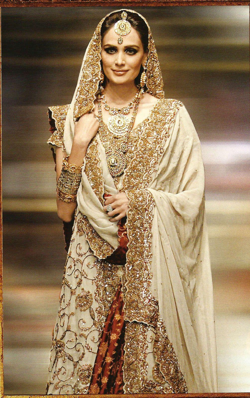 gold wedding dress Indian Wedding Dresses Gold Photos HD