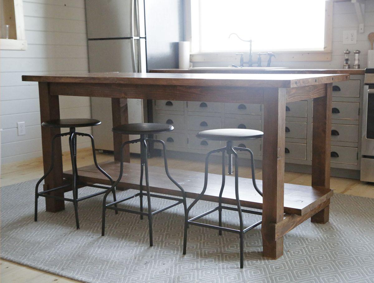farm style kitchen table 14 DIY Farmhouse Kitchen Projects