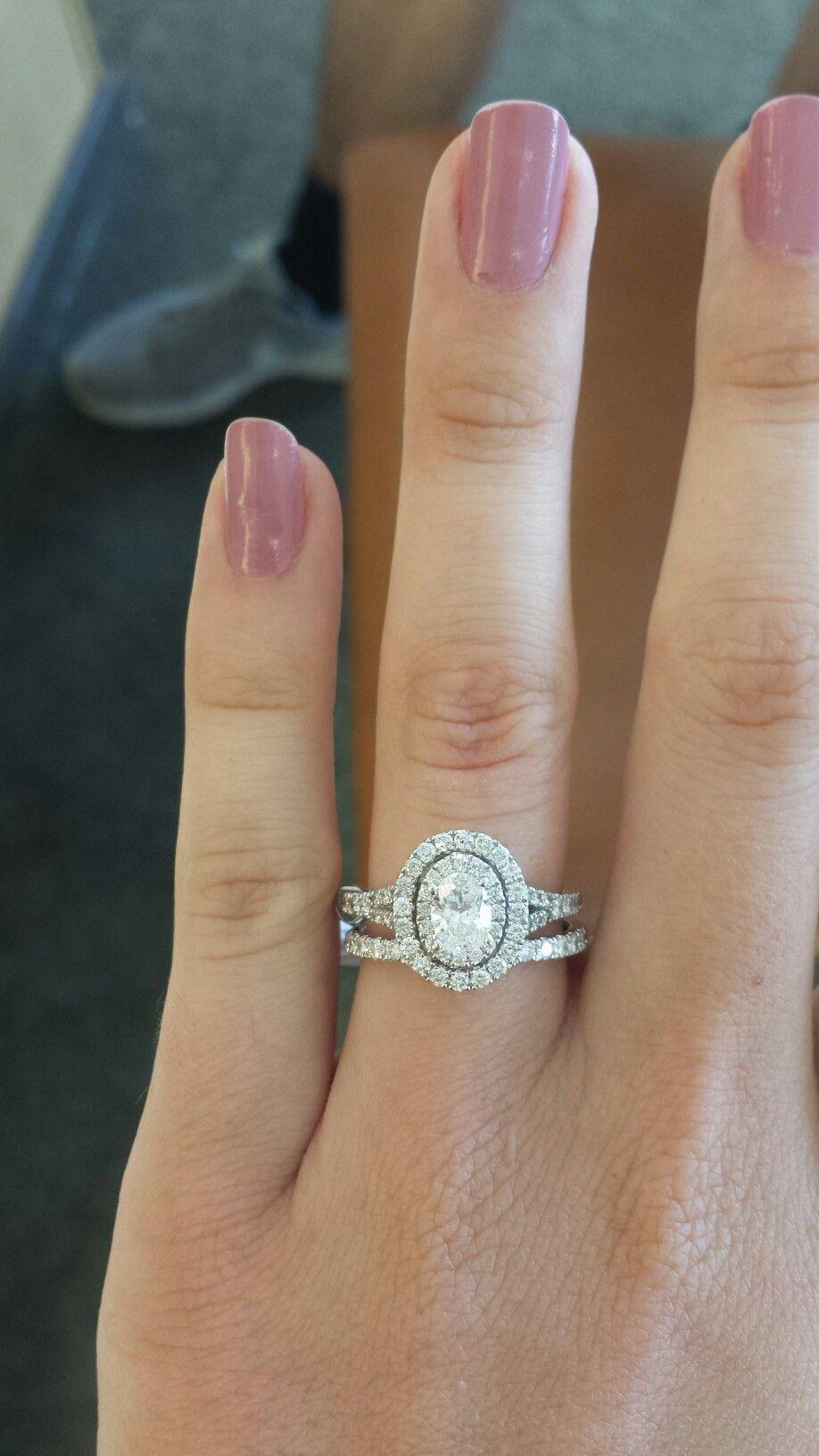 neil lane wedding bands Neil Lane Dimond Oval engagement rings Wedding band Double halo
